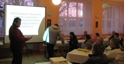 Obyvatelé Velíkové se seznámili s novým uspořádáním MHD od 1. dubna
